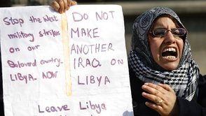 035203-britain-libya-protest